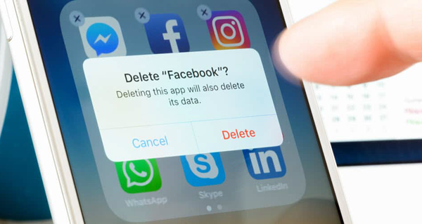 Facebook is one of the types of Android Apps you should remove today.